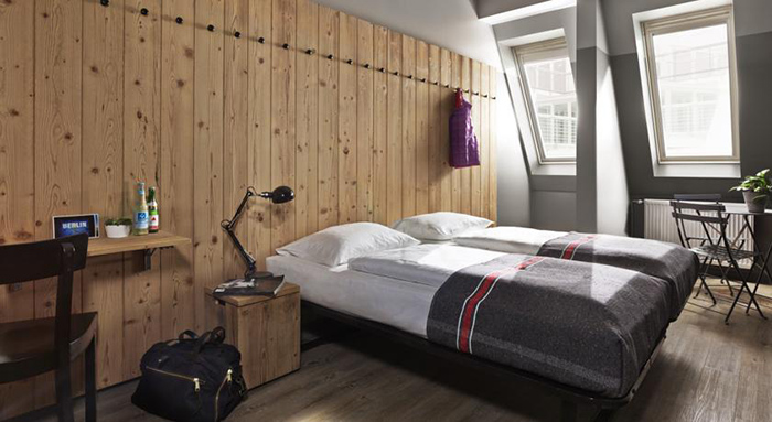 8 tips voor goedkope hotels in berlijn op toplocaties. Black Bedroom Furniture Sets. Home Design Ideas